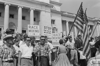 Whites protesting school integration.